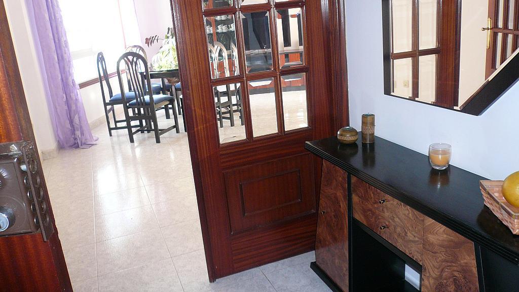 Vestíbulo - Piso en alquiler en calle Doctor Otero Ulloa, Marín - 330052152