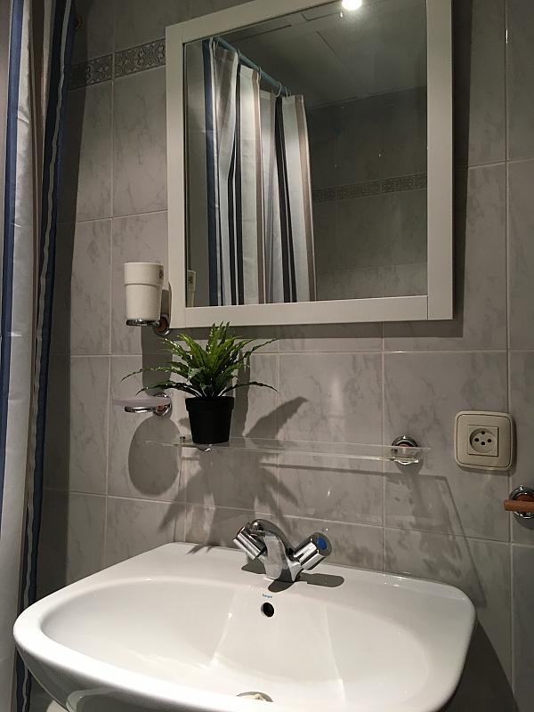 Baño - Apartamento en alquiler en calle Santa Rufina, Feria-Alameda en Sevilla - 330152502