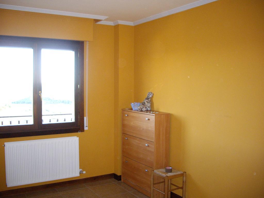 Dormitorio - Piso en alquiler en plaza Sancho VII El Fuerte, Larraga - 331325874