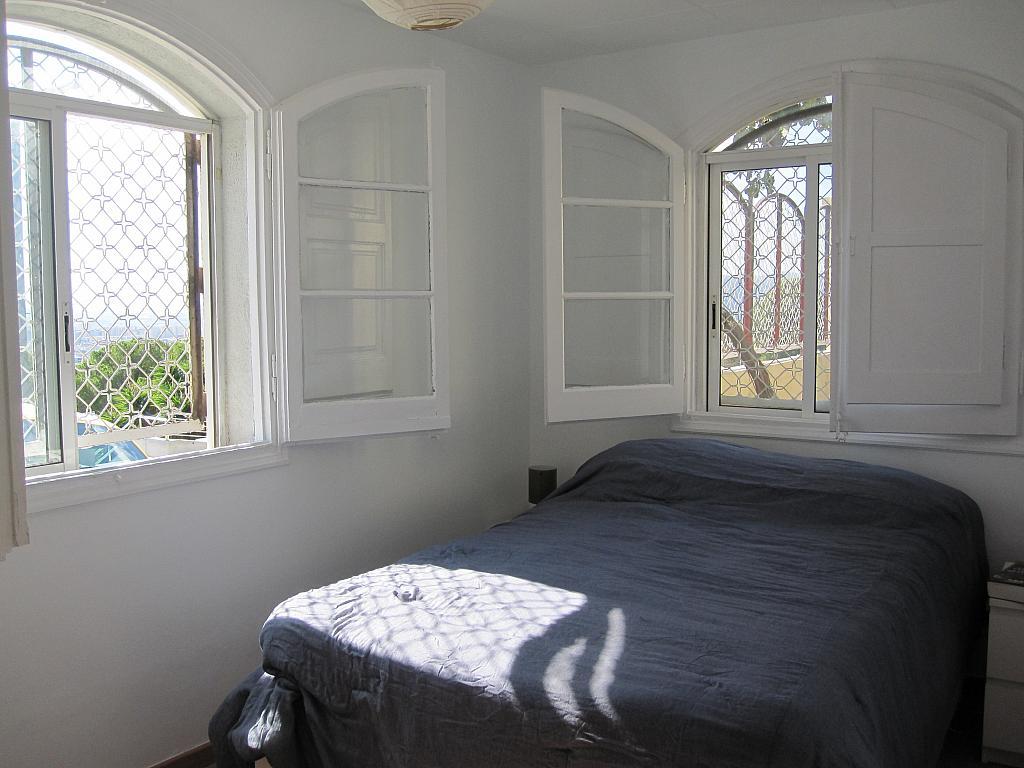 Dormitorio - Chalet en alquiler en plaza Pau Vila, Finestrelles en Esplugues de Llobregat - 332028954
