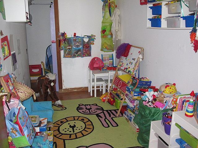 Dormitorio - Chalet en alquiler en plaza Pau Vila, Finestrelles en Esplugues de Llobregat - 332029200