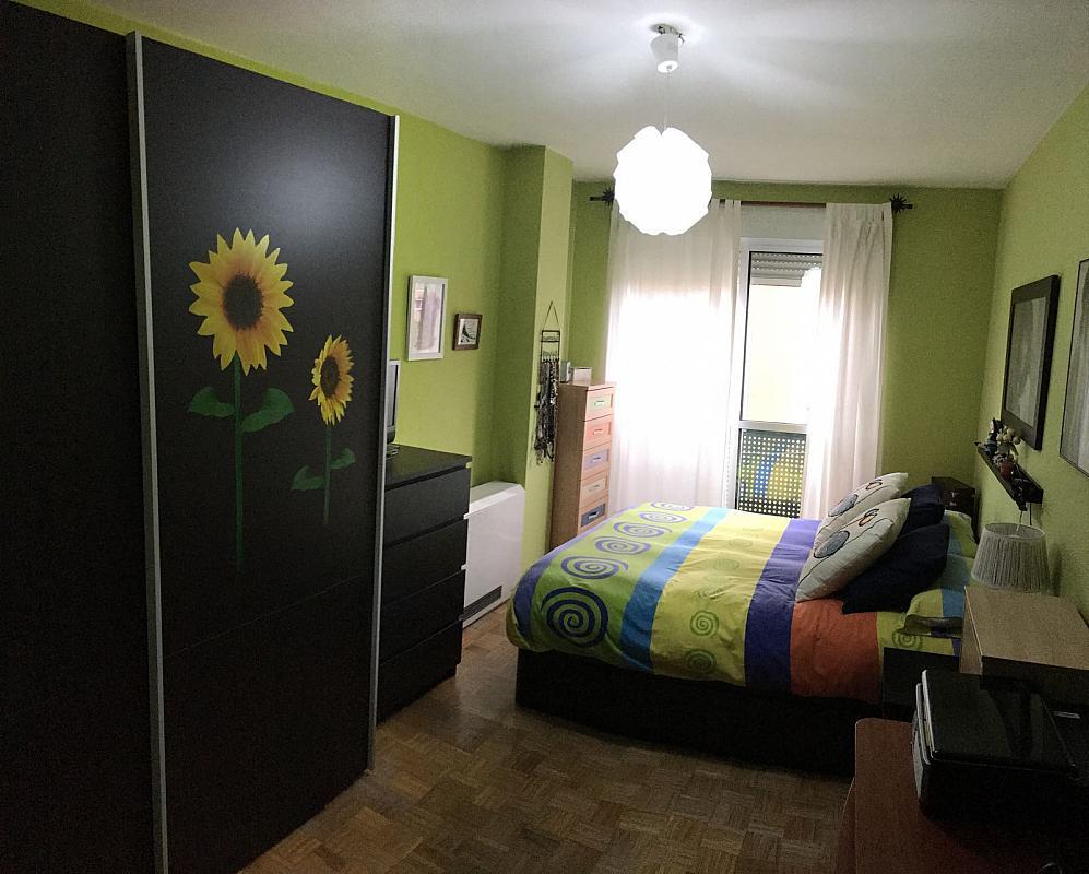 Dormitorio - Apartamento en alquiler en calle Tizona, La Sal en León - 341603084