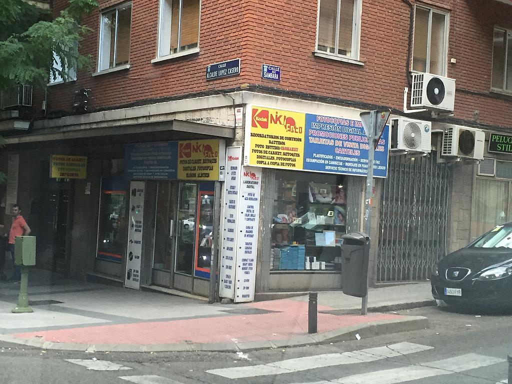 Fachada - Local comercial en alquiler en calle Alcalde López Casero, Ventas en Madrid - 328076511