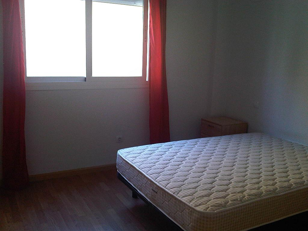 Dormitorio - Ático-dúplex en alquiler en calle Lorenzo Bosquet, La Cañada en Coslada - 315293314