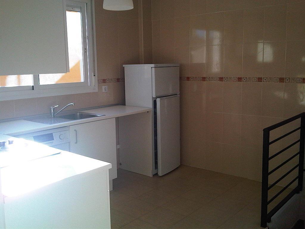 Cocina - Ático-dúplex en alquiler en calle Lorenzo Bosquet, La Cañada en Coslada - 315293331
