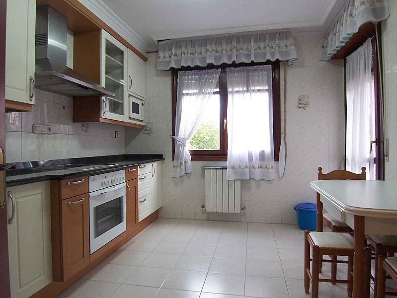 Cocina - Piso en alquiler en calle Martin Ruiz Arenado, Ampuero - 186672771