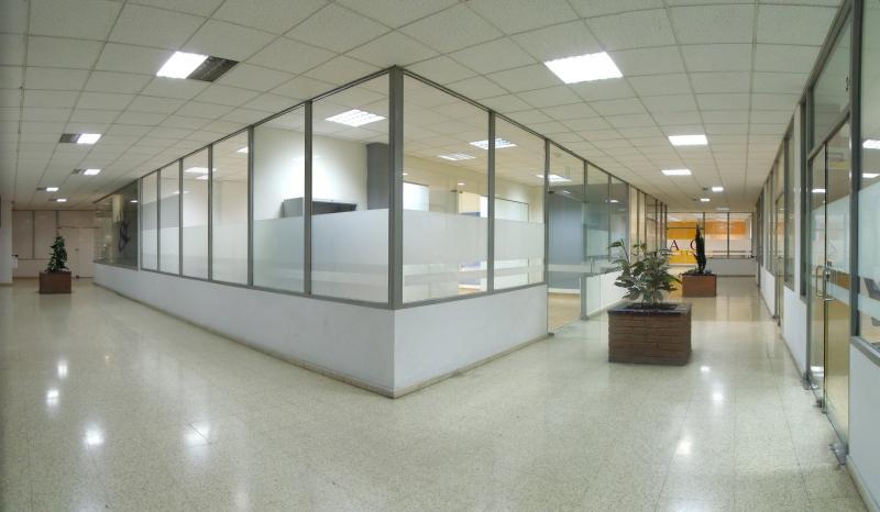 Pasillo - Oficina en alquiler en calle Rambla, Centre en Sabadell - 107870300