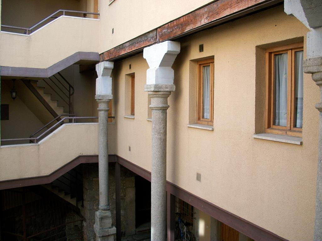 Fachada - Apartamento en alquiler en calle Marqués de Benavites, Centro en Ávila - 321257377