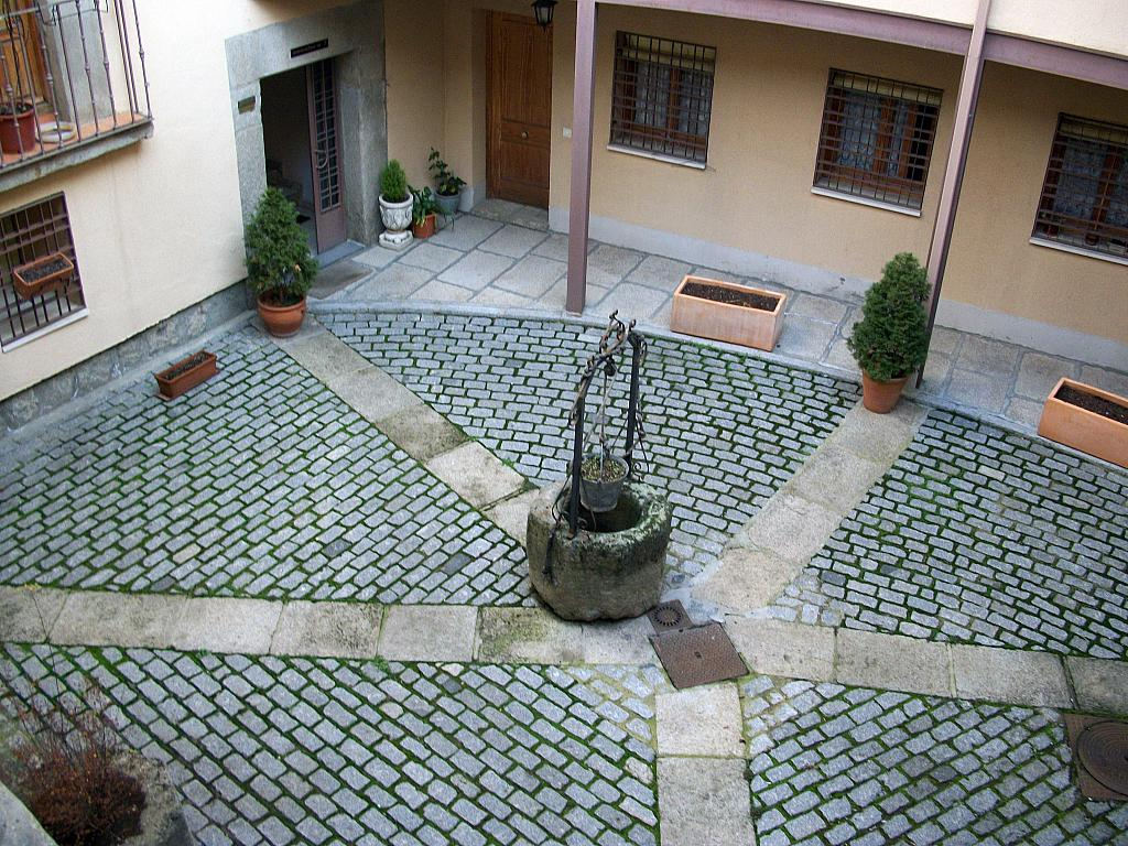 Jardín - Apartamento en alquiler en calle Marqués de Benavites, Centro en Ávila - 321257420