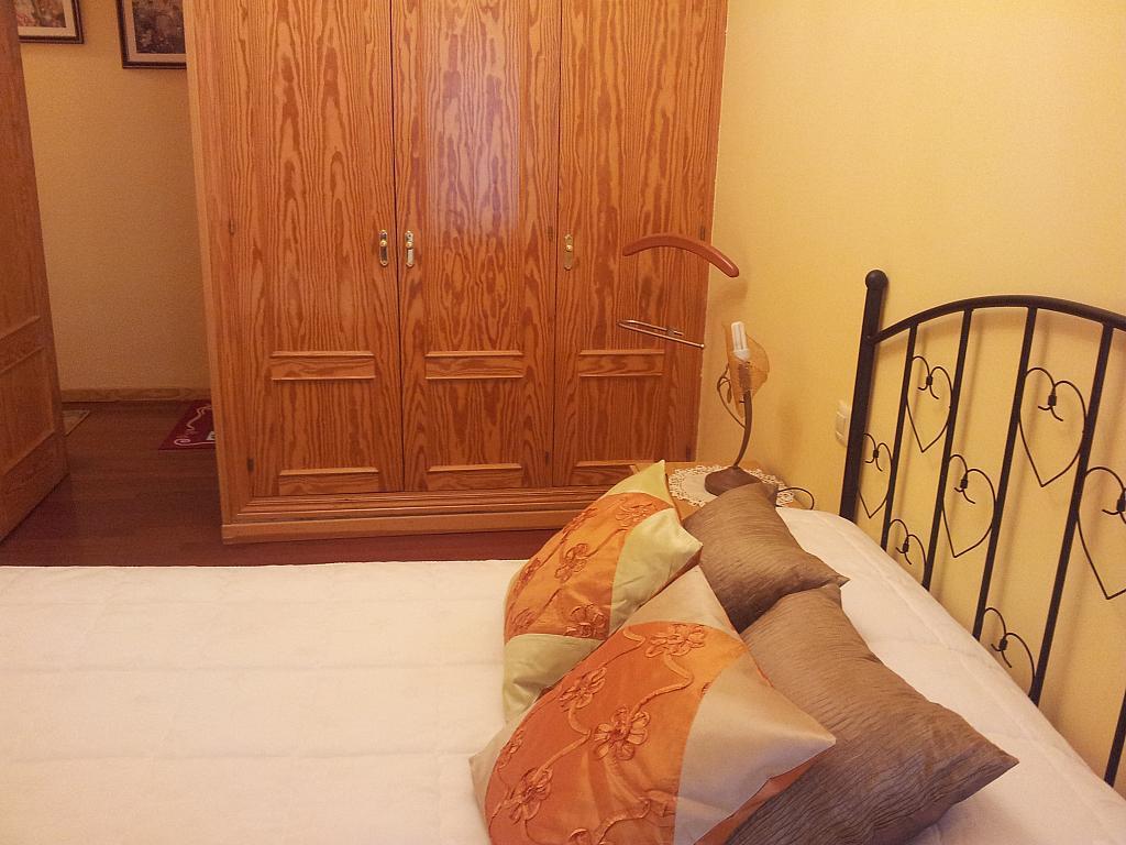 Dormitorio - Apartamento en alquiler en calle Marqués de Benavites, Centro en Ávila - 338883327