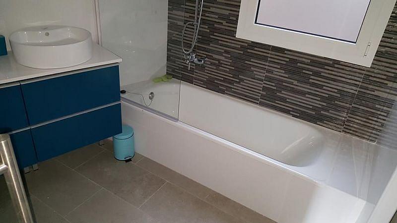 Baño - Piso en alquiler en plaza Marques de Camps, Centre en Girona - 328557320