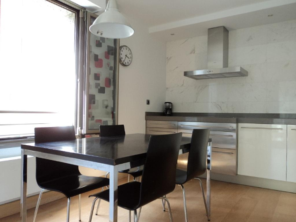 Cocina - Apartamento en alquiler de temporada en calle Herrerieta, Getaria - 331622795