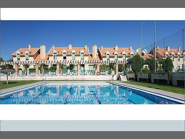 Alquiler de pisos de particulares en la provincia de for Piscina parquesol