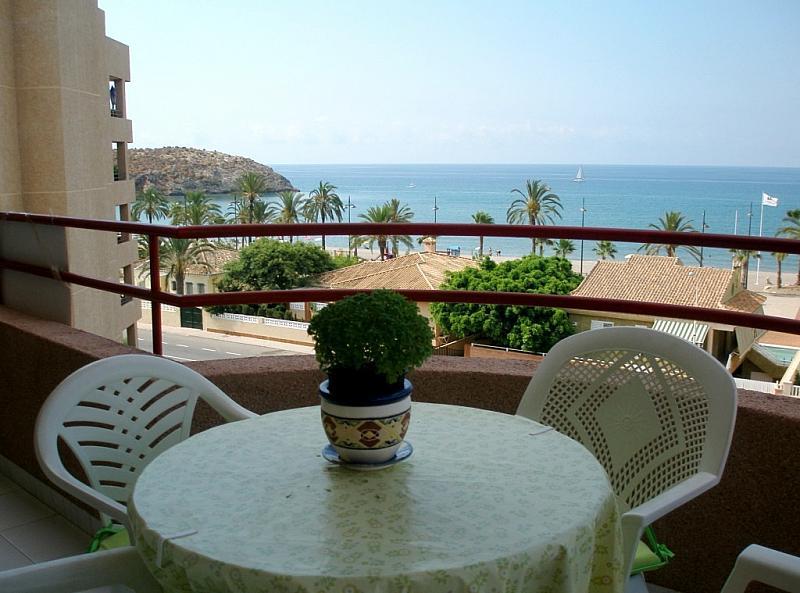 Alquiler de pisos de particulares en la ciudad de puerto for Pisos puerto de mazarron