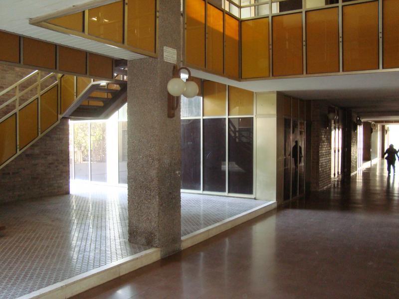 Pasillo - Local comercial en alquiler en calle Sant Jordi, Parc sant jordi en Reus - 48284551