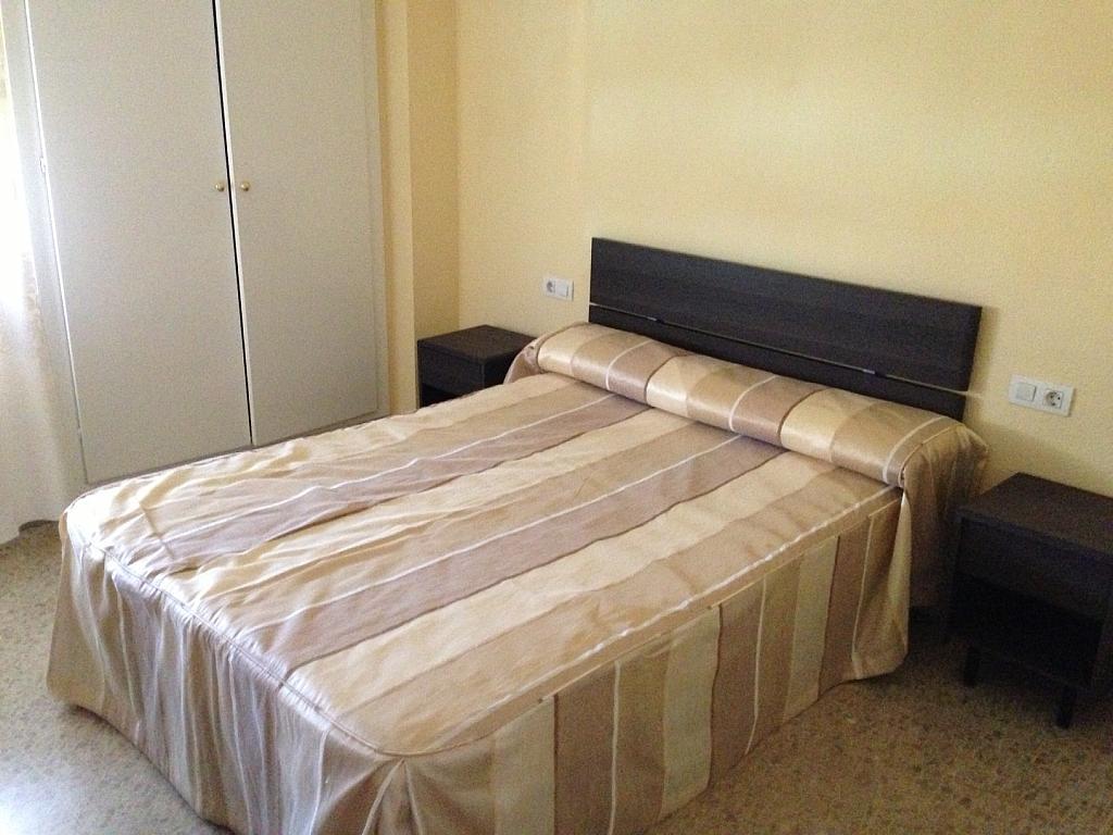 Dormitorio - Piso en alquiler en plaza Poeta Juan Boscan, Norte en Granada - 300510908