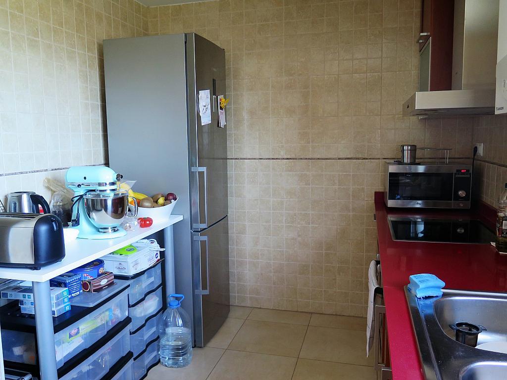 Cocina - Dúplex en alquiler en calle Otero Pedrayo, Els canyars en Castelldefels - 325831549