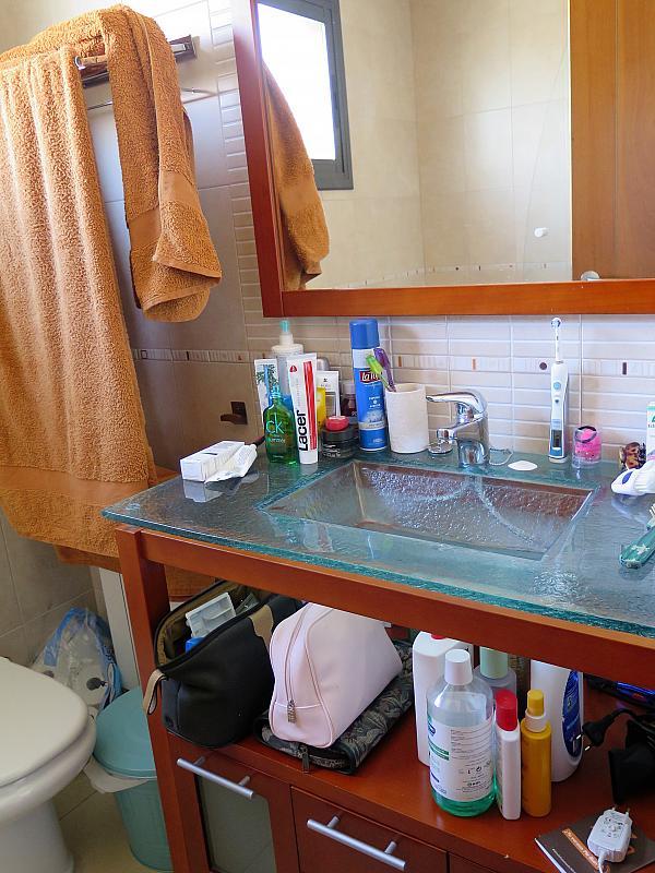Baño - Dúplex en alquiler en calle Otero Pedrayo, Els canyars en Castelldefels - 325831615