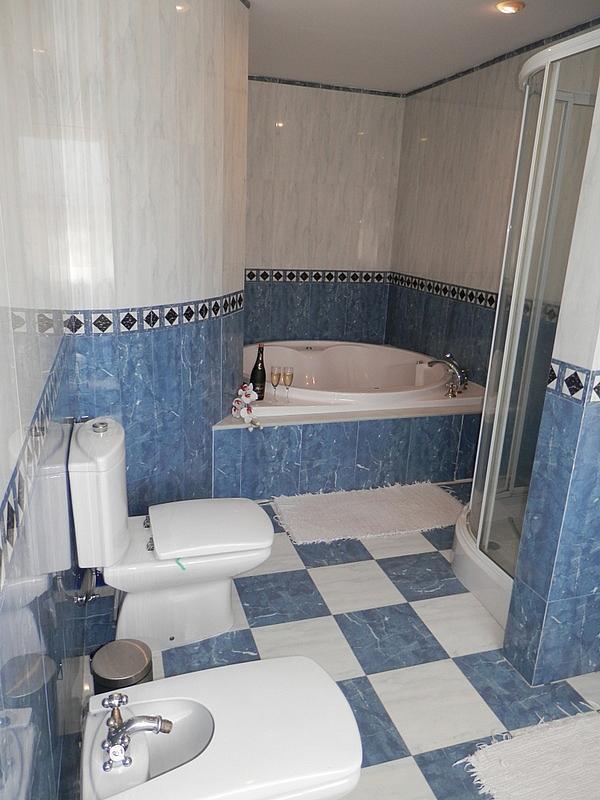 Baño - Casa en alquiler en calle Dost Esteban San Mateo, San Pedro de Alcántara - 287735394