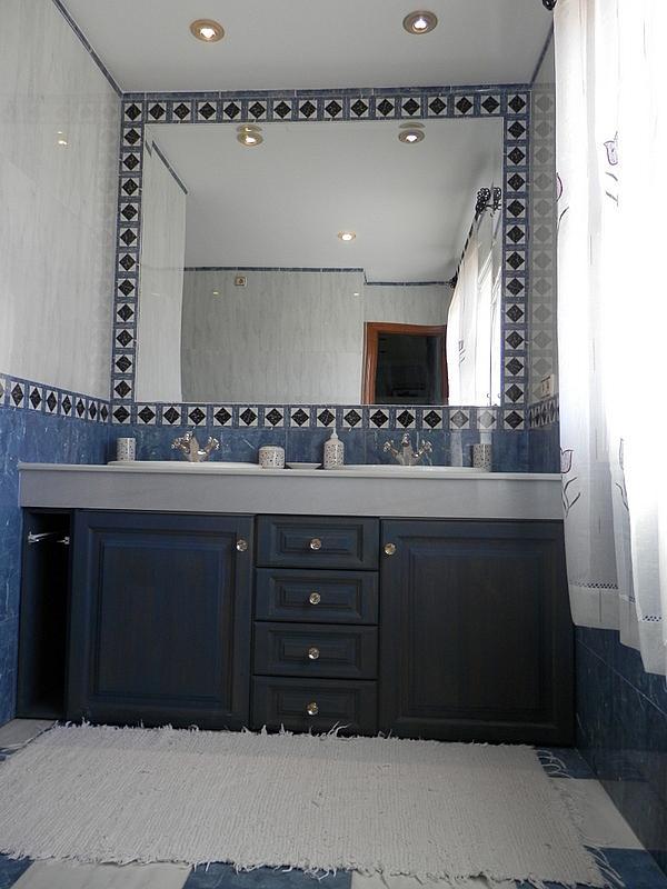 Baño - Casa en alquiler en calle Dost Esteban San Mateo, San Pedro de Alcántara - 287735396