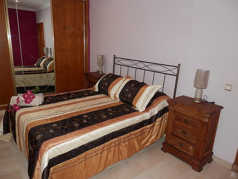 Dormitorio - Casa en alquiler en calle Dost Esteban San Mateo, San Pedro de Alcántara - 287735488