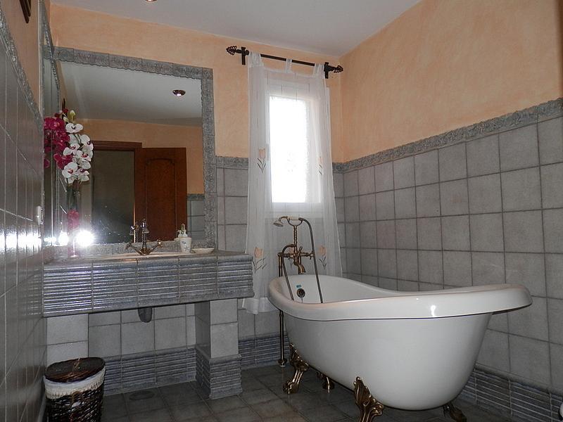 Baño - Casa en alquiler en calle Dost Esteban San Mateo, San Pedro de Alcántara - 287735544