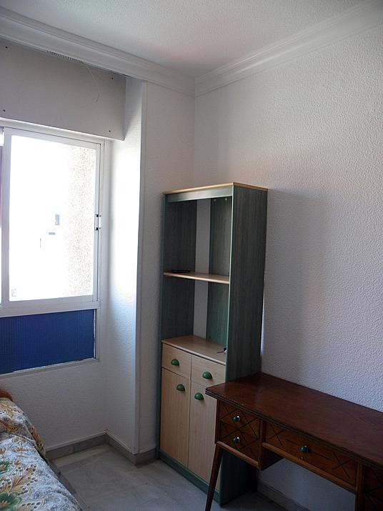 Dormitorio - Piso a compartir en calle Cabo de Gata, Ciudad Jardin en Almería - 194594815