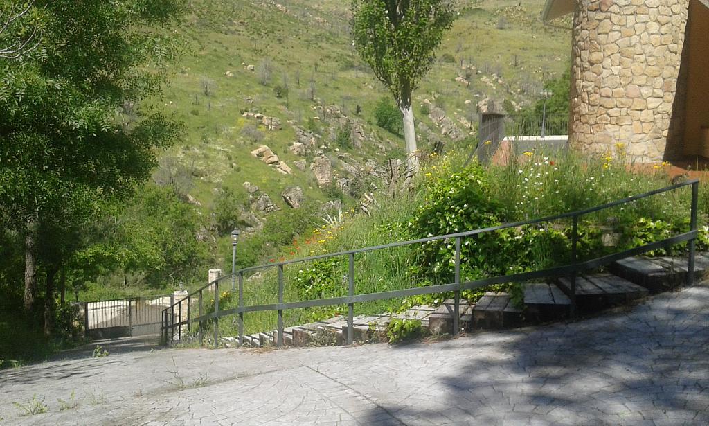 Jardín - Casa rural en alquiler en calle Río, Robledo de Chavela - 300957503