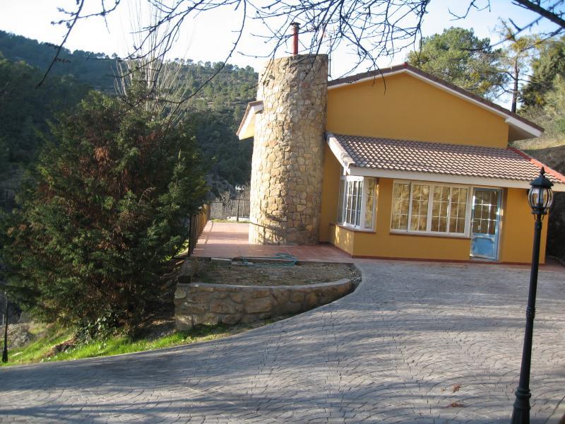 Fachada - Casa rural en alquiler en calle Río, Robledo de Chavela - 62188513