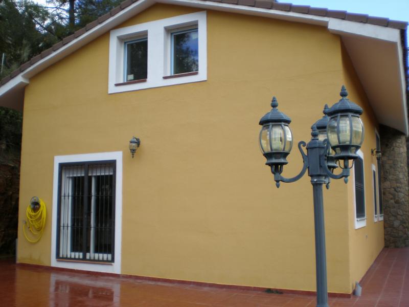 Fachada - Casa rural en alquiler en calle Río, Robledo de Chavela - 62190362