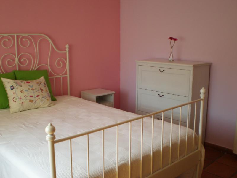 Dormitorio - Casa rural en alquiler en calle Río, Robledo de Chavela - 62191025
