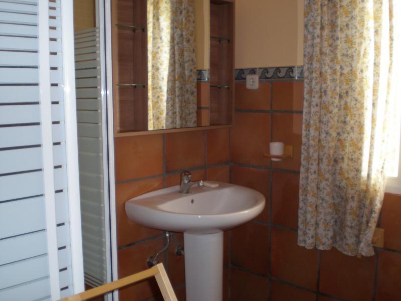 Baño - Casa rural en alquiler en calle Río, Robledo de Chavela - 62191095