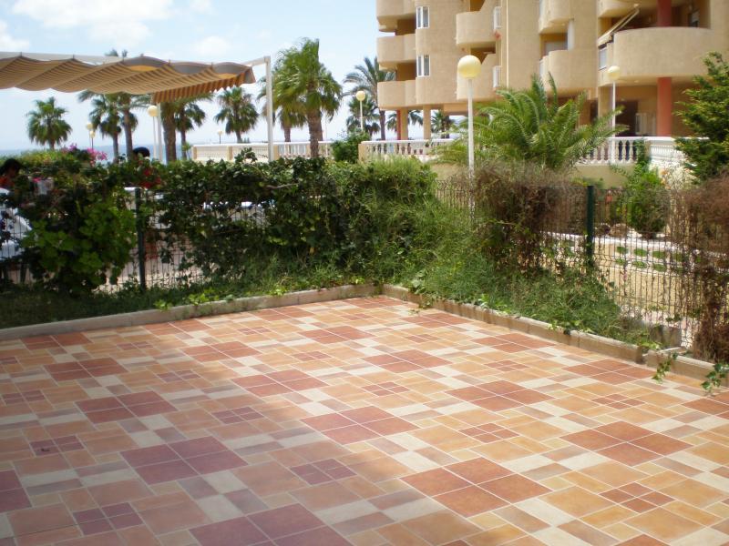 Jardín - Apartamento en alquiler de temporada en calle K, Manga del mar menor, la - 62196349