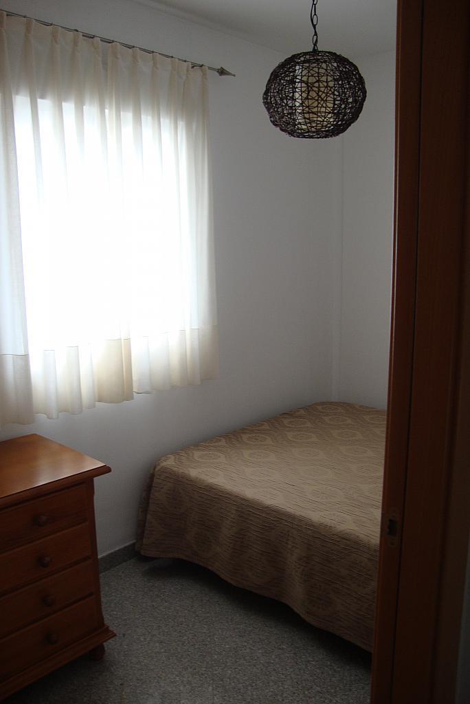 Dormitorio - Apartamento en alquiler de temporada en calle Gran Canaria, Los Boliches en Fuengirola - 126637893