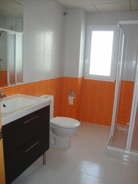 Baño - Apartamento en alquiler de temporada en calle Gran Canaria, Los Boliches en Fuengirola - 69556104