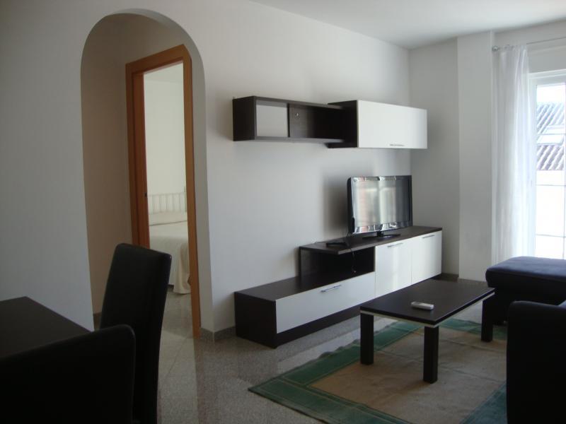 Comedor - Apartamento en alquiler de temporada en calle Gran Canaria, Los Boliches en Fuengirola - 69556320
