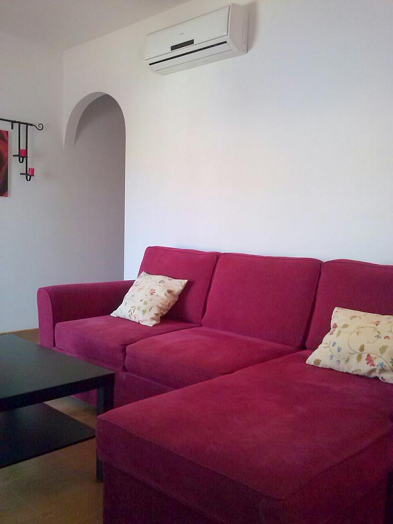 Salón - Ático en alquiler de temporada en calle Gran Canaria, Los Boliches en Fuengirola - 166973695
