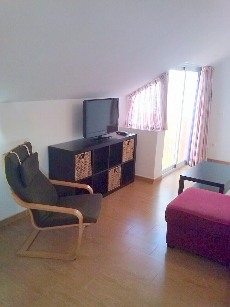 Salón - Ático en alquiler de temporada en calle Gran Canaria, Los Boliches en Fuengirola - 166973831