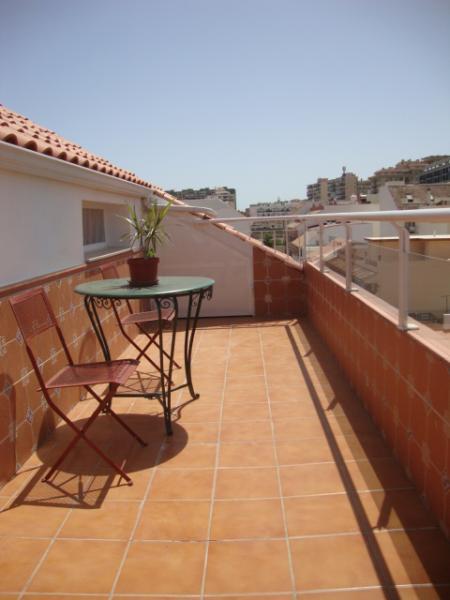 Terraza - Ático en alquiler de temporada en calle Gran Canaria, Los Boliches en Fuengirola - 78435127