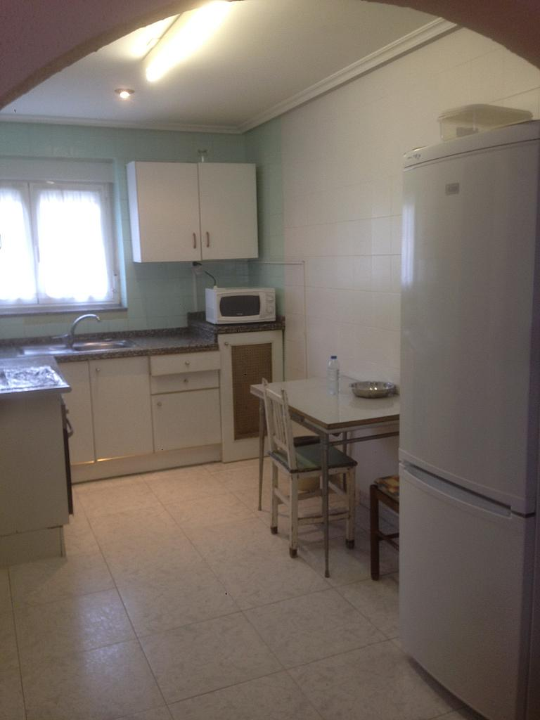 Cocina - Casa adosada en alquiler en barrio San Lorenzo, Matallana de Torío - 223679451
