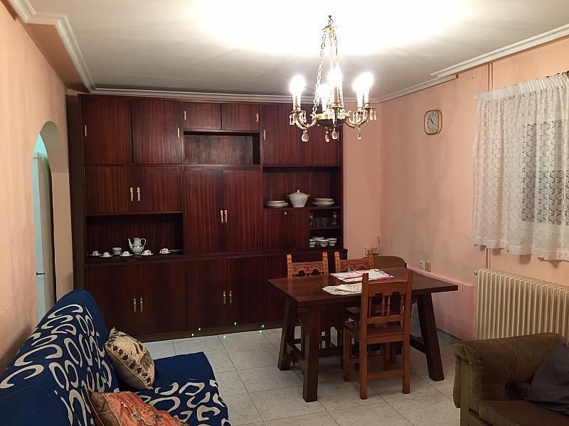 Salón - Casa adosada en alquiler en barrio San Lorenzo, Matallana de Torío - 251621568