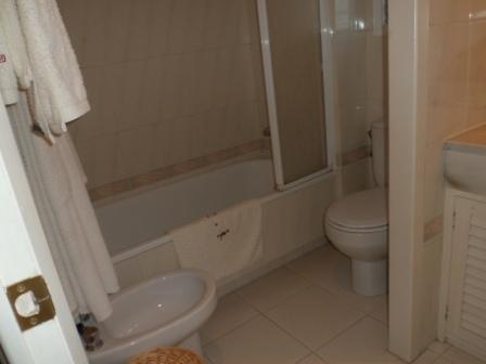 Baño - Apartamento en alquiler de temporada en calle Del Golf, Pals - 71073309