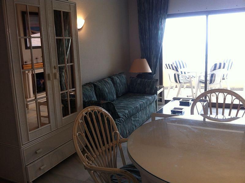 Salón - Apartamento en alquiler en urbanización Carretera de Cadiz, Cala de mijas, la - 139848101