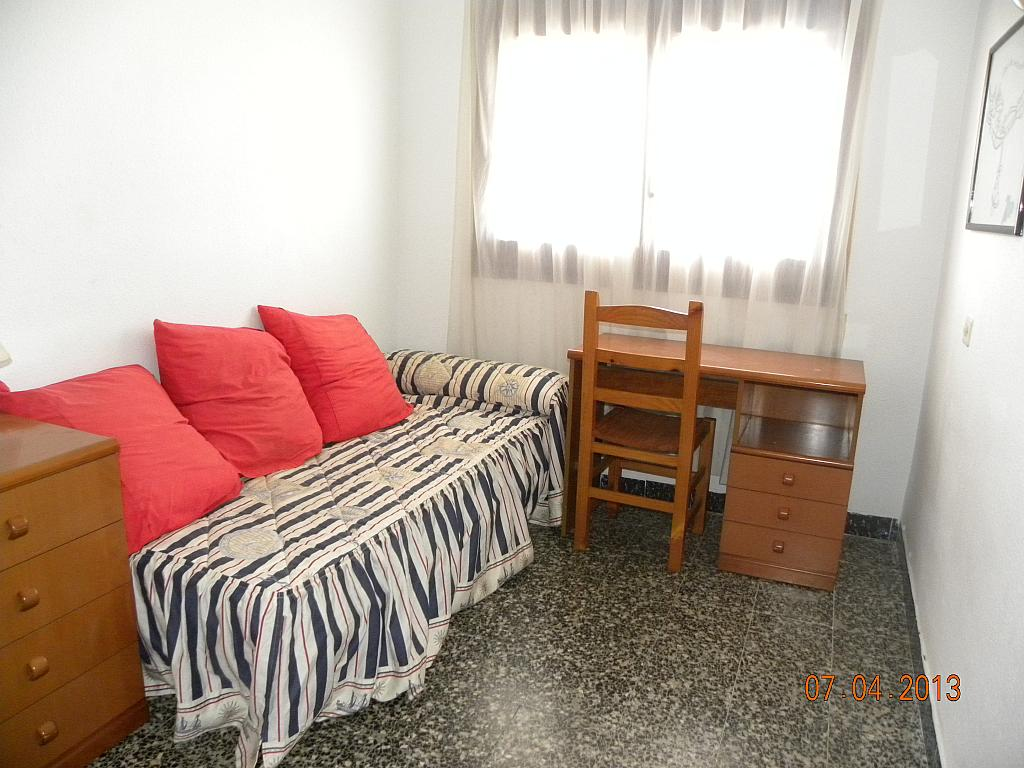 Dormitorio - Apartamento en alquiler en calle Bernat de Fenollar, Hospitalet de l´Infant, L´ - 322084433