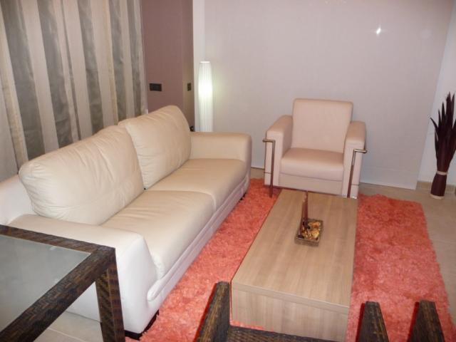 Piso en alquiler en calle Amadeo Vives, Pineda, La - 923970