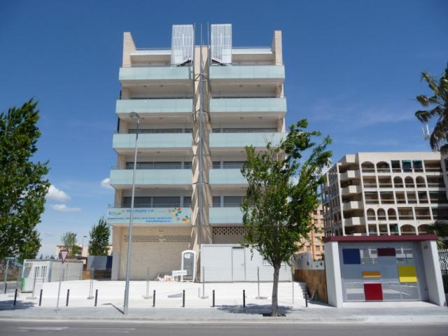Piso en alquiler en calle Amadeo Vives, Pineda, La - 923982