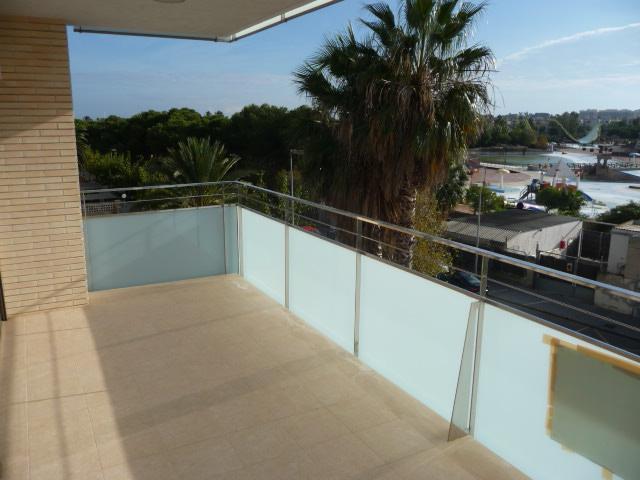 Terraza - Piso en alquiler en calle Amadeo Vives, Pineda, La - 105721057