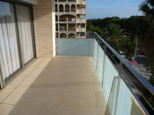 Terraza - Piso en alquiler en calle Amadeo Vives, Pineda, La - 105721060