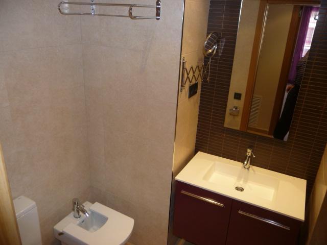 Baño - Piso en alquiler en calle Amadeo Vives, Pineda, La - 105721076