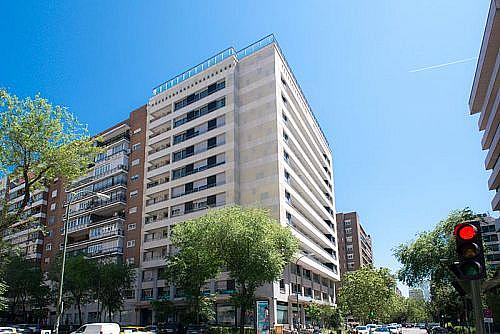 Piso en alquiler en calle De la Castellana, Chamartín en Madrid - 347098533